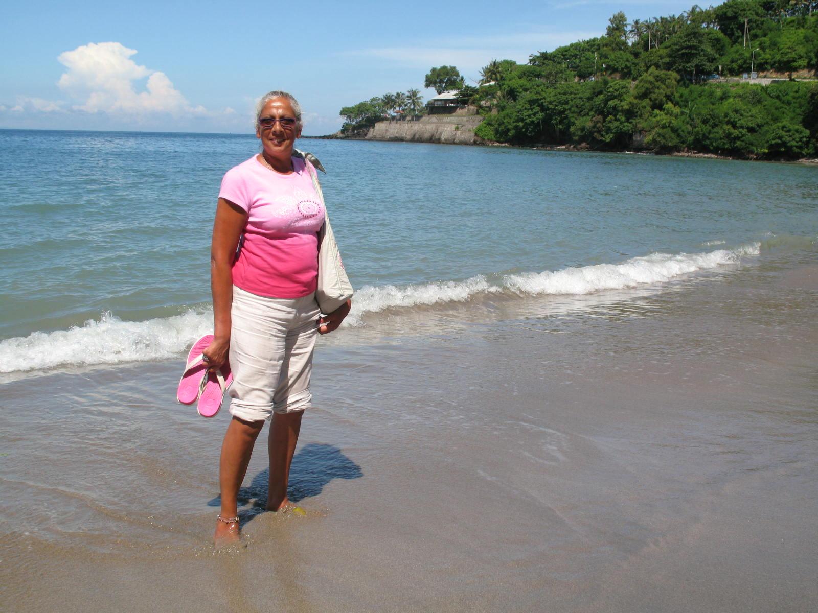 Linda at Lombok Beach